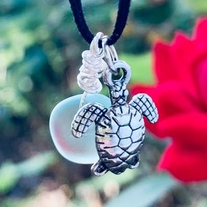 🐳 3/$25 Sea Turtle Choker